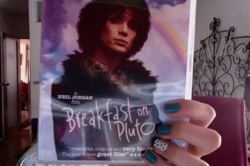 I finally own this amazing movie! Although I've seen it a million times I never bought the actual dvd. But now is mine and I can enjoy all the special features! YAY! #Increasing my poor Cillian dvd collection #Why am I so poor? #I want all his dvds #I feel bad for watching some of his films illegally. #PERSONAL