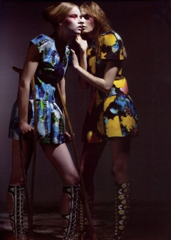 Suvi Koponen and Irina Kulikova in Balenciaga, photographed by Mario Sorrenti for V #51 January/February 2008.