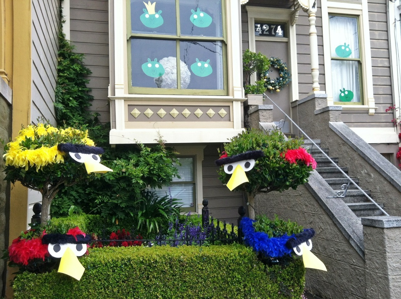 Now these are some Angry Birds fans in Noe Valley.