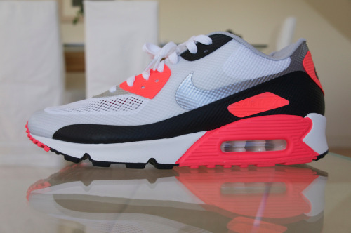 New sneaks - AM90 Hyperfuse Infrared