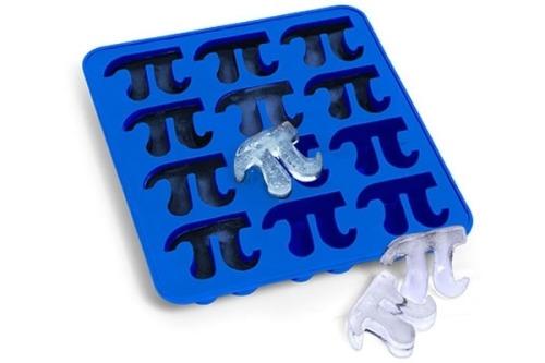 mikebyster:  Pi Ice Tray! #innovative #mathnerd #awesome