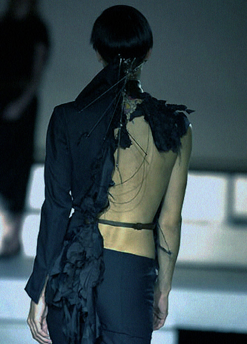 thedoppelganger:  Robert-Cary Williams Spring 2001 Ready to Wear