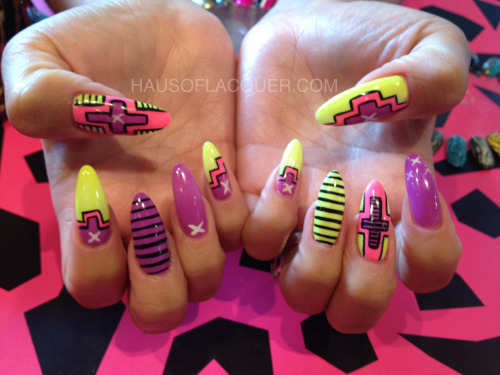 hausoflacquer:  Fun neon summer nails! Yah I did.