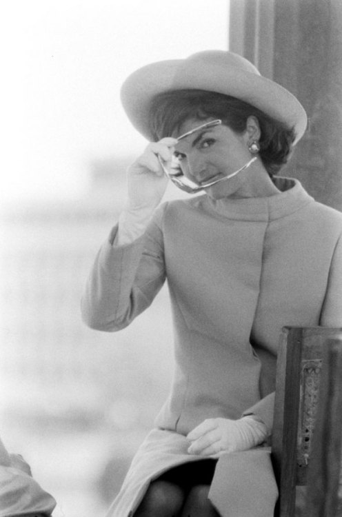 life:  Not originally published in LIFE. Jackie Kennedy in India, 1962. See more photos from her trip to India here.