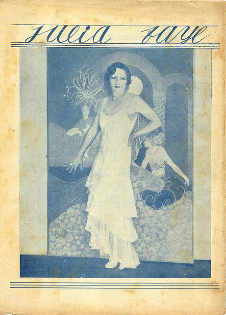 Cinéfilo, Nº 109, 1930 - back cover on Flickr.  Click image for 700 x 972 size. Julia Faye.