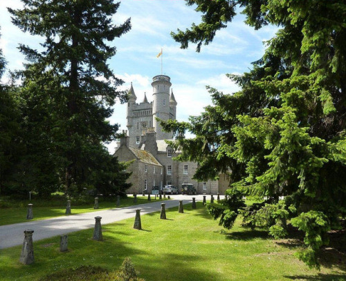 BALMORAL CASTLE, ROYAL DEESIDE, ABERDEENSHIRE, SCOTLAND, UK by sgterniebilko on Flickr.