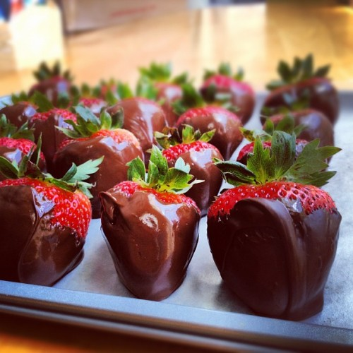 Chocolate covered strawberries🍓  (Taken with Instagram)