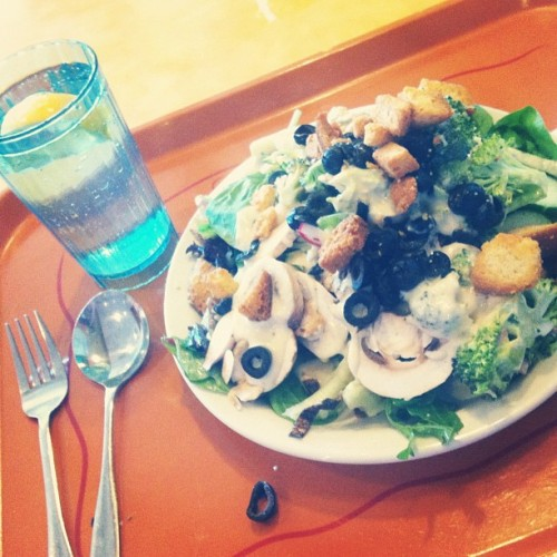 Man cannot live by bread alone. He must have some salad too. #salad #lunch #foodporn (Taken with Instagram at Souplantation)