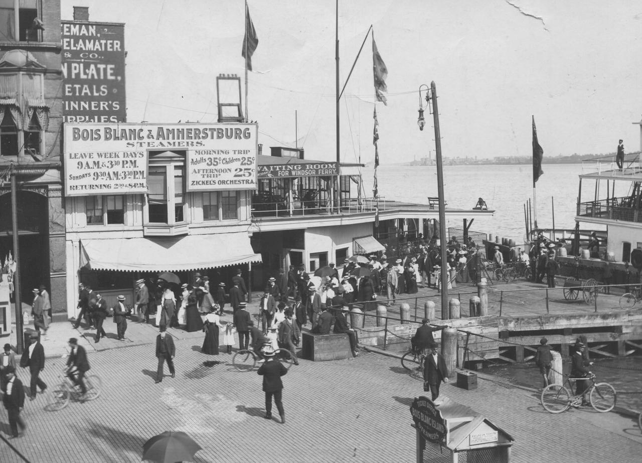 August 5, 1934.  Detroit waterfront.