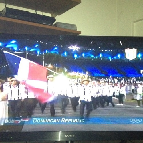 Wow! Que orgullo! #dominicanrepublic #olimpycs #2012 for the gold we go!!!!  (Tomada con Instagram)