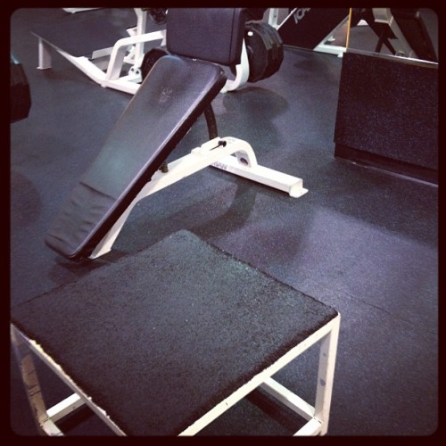 My workout today: Rotator cuff rotation with band resistance-4x20 Row with band resistance-4x40 Upright row with band resistance-4x20 Squats-3x10 Toe raises-3x20 Decline leg lifts-3x25 Barbell curls-3x10 #wsc #fitness #workout #fitblr #gym #rehab (Taken with Instagram)