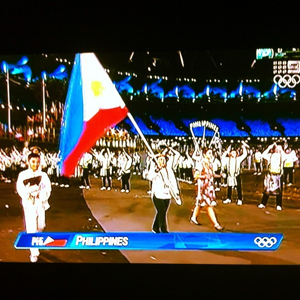 Go #Philippines #olympics2012 #londonolympics #olympics #sports #philippineteam #pinoy #london #ninesports #igers #igersperth #igerspinoy #igerswestoz #ios #iphone4 #instagram #instagrammer #instagramtastic #tvgrab #iphoneography #iphoneographer  (Taken with Instagram)