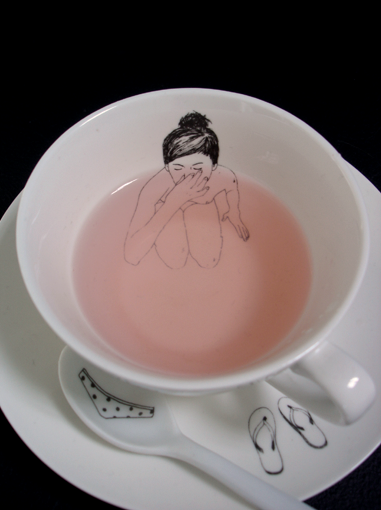 plathetic:  teacup design by illustrator esther horchner