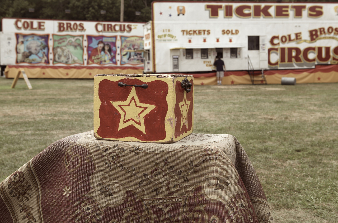 star box, cole bros circus