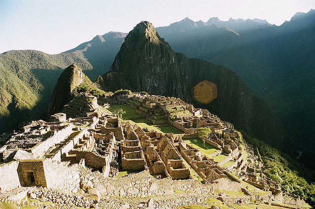 spatiale:  MaccuPiccu, Peru by hannesf on Flickr.