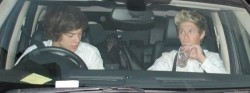 luckotheniallish:  ✯✰Spotted: Harry taking home yet another slutty mystery blonde! When will it stop???  Wonder what Her name is. Wonder if She actually is a He by name Niall Horan… No you're properply right its just some girl