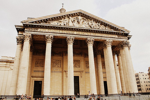 the pantheon by schwurlie on Flickr.