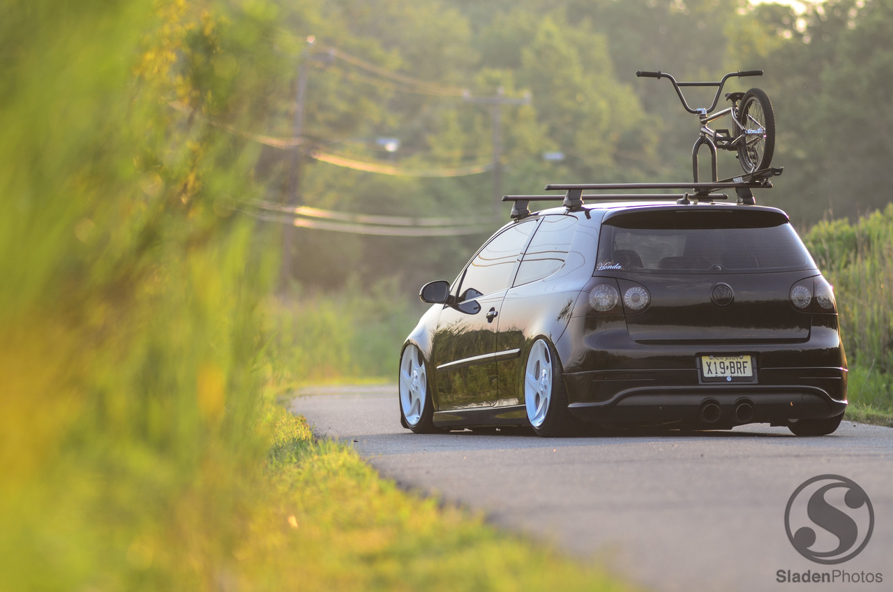 amateurbmxer:  Two of my favorite things.