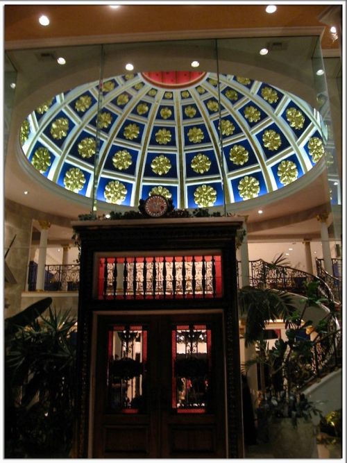 The grand formal entry rotunda leading into Dean Gardens. Follow us on Facebook!  CLICK HEREVisit Pricey Pads
