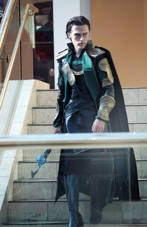 Sylar as Loki from The Avengers!So we gave in and cosplayed Loki for you guys — hope you enjoy the look! But none of it would be possible without our good friend KidOfMischief who MADE this entire Loki costume and allowed us to borrow it.  WE DID NOT MAKE IT SHE DID!! And she did an amazing, beautiful and fantastic job! THANK YOU!!!!