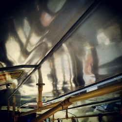 Reflekstrakcija #reflection #abstraction #bus (Taken with Instagram)
