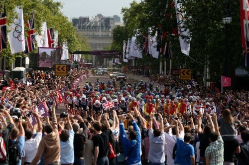 LONDON, ENGLAND - JULY 28: The peloton makes its way down the Mall at the start of the the Men's Road Race Road Cycling on day 1 of the London 2012 Olympic Games on July 28, 2012 in London, England. (via Photo from Getty Images)