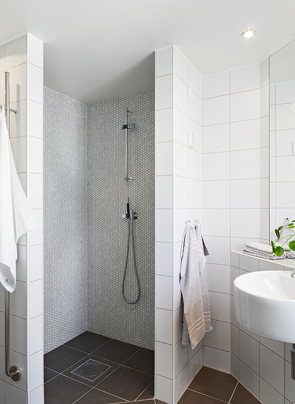 myidealhome:  shower corner