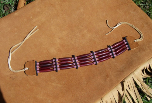 fyeahindigenousfashion:  bone hair pipe choker, Kicking Bear (Cherokee)