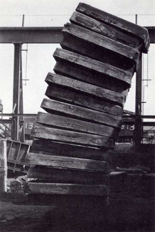 grupaok:  Richard Serra, Steel Slabs—Skullcracker Series, 1969