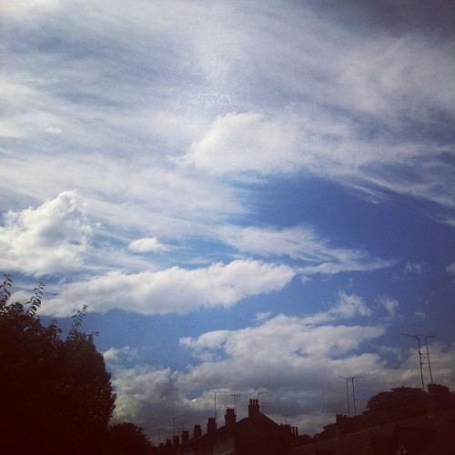 #good #clouds #sky #blue #cloudporn (Taken with Instagram)