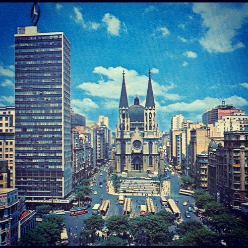 oldsaopaulo:  Se Square in the 60's. Note the Mendes Caldeira building (left with Mercedes advertising) demolished in 1971. (Sao Paulo - Brazil)