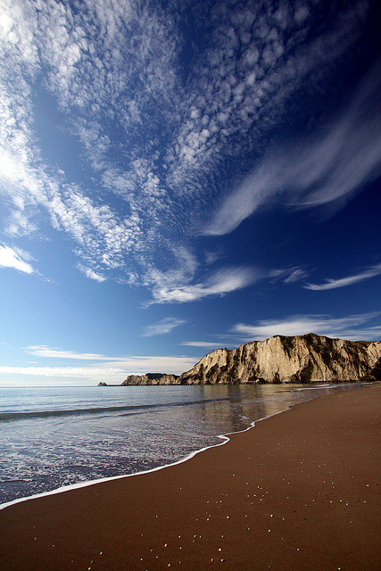 Tolaga Bay beach by Lozula on Flickr.