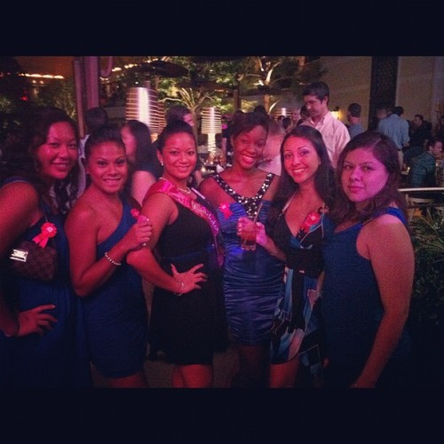 Ladies in #blue#vegas#encore (Taken with Instagram)