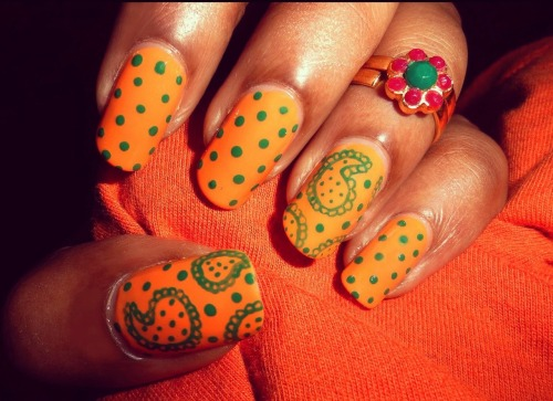 Summer Paisley Nail Art Click on the Link to see Tutorial.
