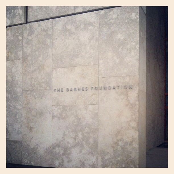 Entering the Barnes Foundation, Philadelphia, Pennsylvania
