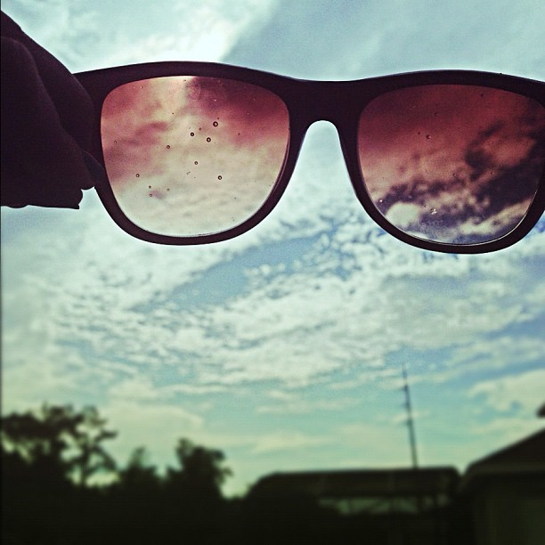 #sunglasses #day #photooftheday #instamood #instadaily #followme #iphonesia #instahub #nature #sky #cloudporn (Taken with Instagram)