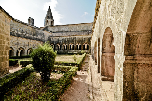 Thoronet Abbey (by Garu.386)