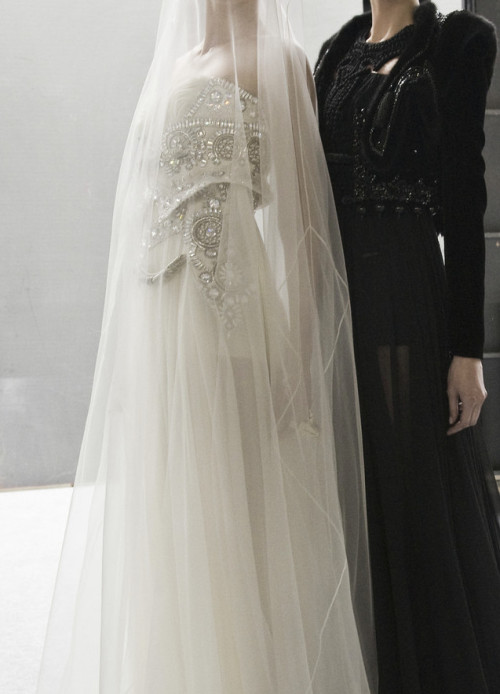 dior-models:   Givenchy Haute Couture Autumn/Winter 2009  LOVE this so much