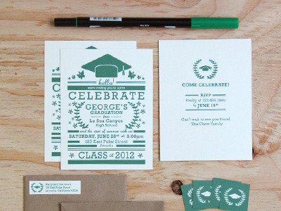 visualgraphic: Graduation Invitation Set