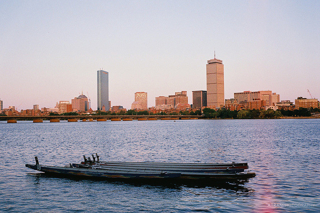 Boston on Film on Flickr.Via Flickr: My first film upload! One of my favorite spots to view the skyline: across the Charles along Memorial Drive. Minolta Hi-Matic 7sii Fujifilm Superia X-tra 400