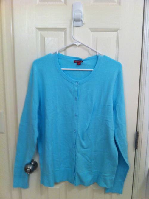 crew neck cardigan from Target, it's a really pretty blue.