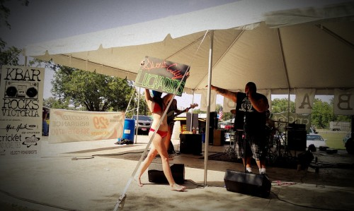 Stout City Luchadores today at KBARBQ in Victoria Texas Check out there music there amazing http://www.facebook.com/stoutcityluchadoresFollow the drummer @Aaron Pufferhttp://newiselsewhat.tumblr.com/