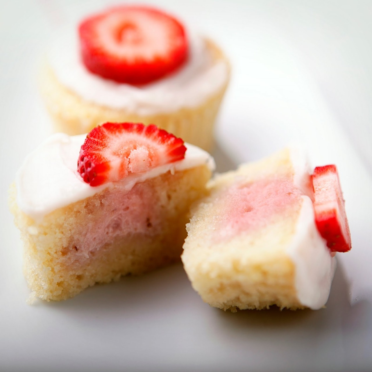 Strawberry Mascarpone Cupcakes