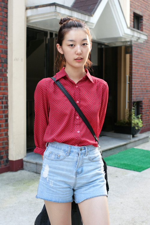 koreanmodel:  Street Style: Choi Jun Young , photographed by Kim Jin Yong