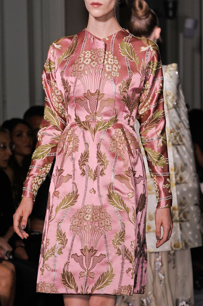 Romantic Flowers & Roses  Valentino Fall Winter 2012 Haute Couture Fashion. More Flower & Roses Trend 4 Fall Winter 2012. More Baroque era Fashion Trend 4 Fall Winter 2012. July 29th, 2012.