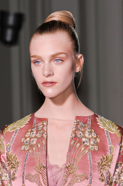 High Bun Hairstyle, Soft Glowing Makeup & Romantic Flowers & Roses  Valentino Fall Winter 2012 Haute Couture Fashion. More Flower & Roses Trend 4 Fall Winter 2012. More Baroque era Fashion Trend 4 Fall Winter 2012. July 29th, 2012.