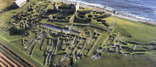 uglypoppy:  mysticplaces:  Jarlshof archaeological site | Shetland, Scotland  i'm moving