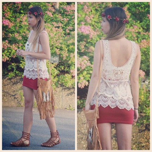 spellandthegypsycollective:  Adore our Bone & Tassel Bag with this gorgeous lace @topshop top and strappy sandals ;) by @thestrawberrybrunette (Taken with Instagram)