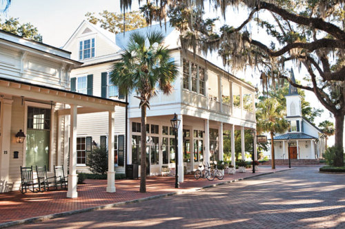 (via South Carolina: Wilson Village, Photo 3 of 11 (Condé Nast Traveller)) Bluffton, South Carolina, USA