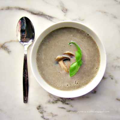 Mushroom cream soup w/ hint of chili + basil